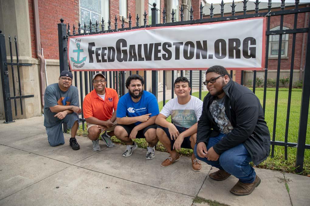 volunteer for feed galveston
